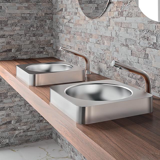 Nos locais públicos, os sanitários devem ser resistentes a uma utilização intensiva e por vezes com algumas precauções. Desenhados sobretudo para s...